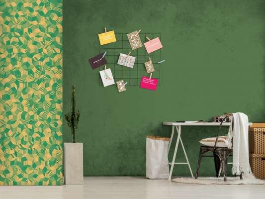 lé de papier peint avec motif géométrique penrose, collé dans un bureau, design Ichetkar.