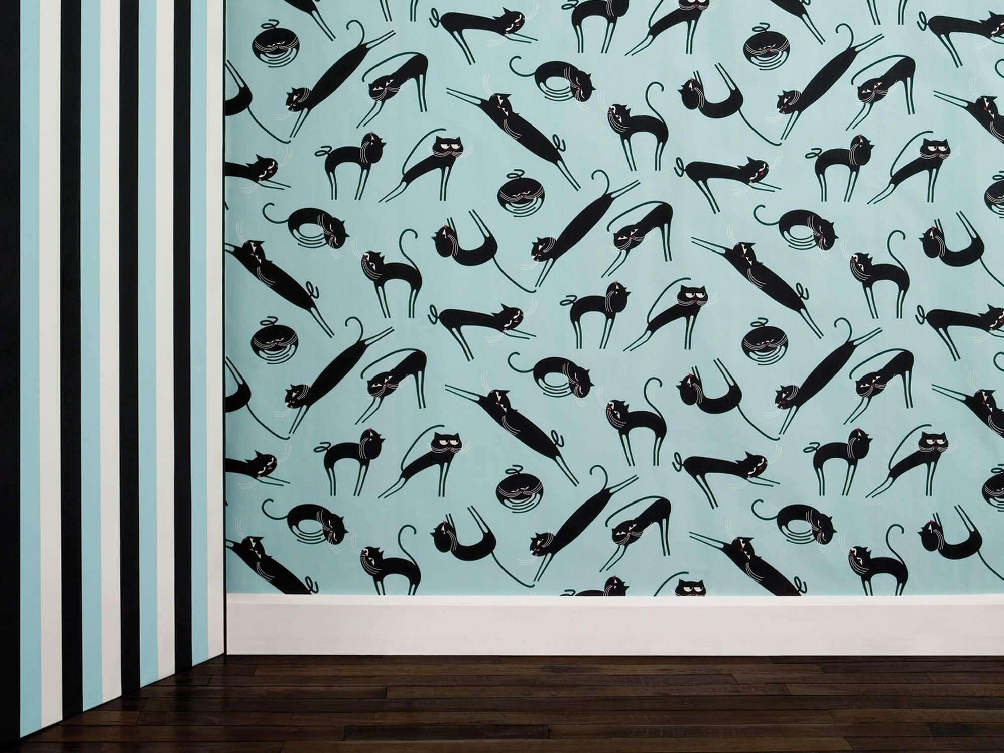 Papier peint Cats bleu et noir phosphorescent, des chats noirs sur fond bleu pour une décoration originale. design IchetKar