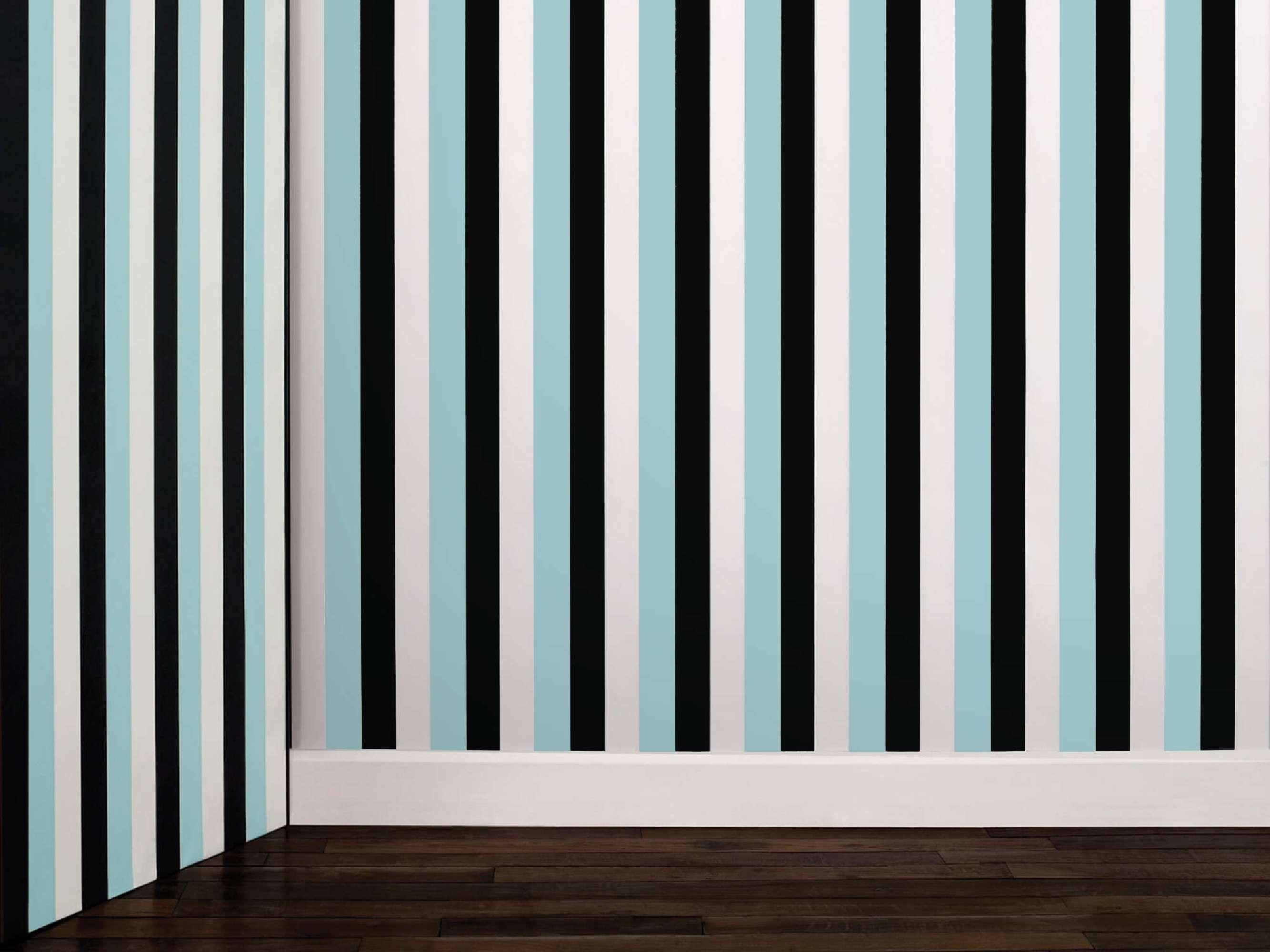 Papier peint linéaire au couleur bleu noir etr blanc le jour et noir et vert phosphorescent la nuit, design ich&kar