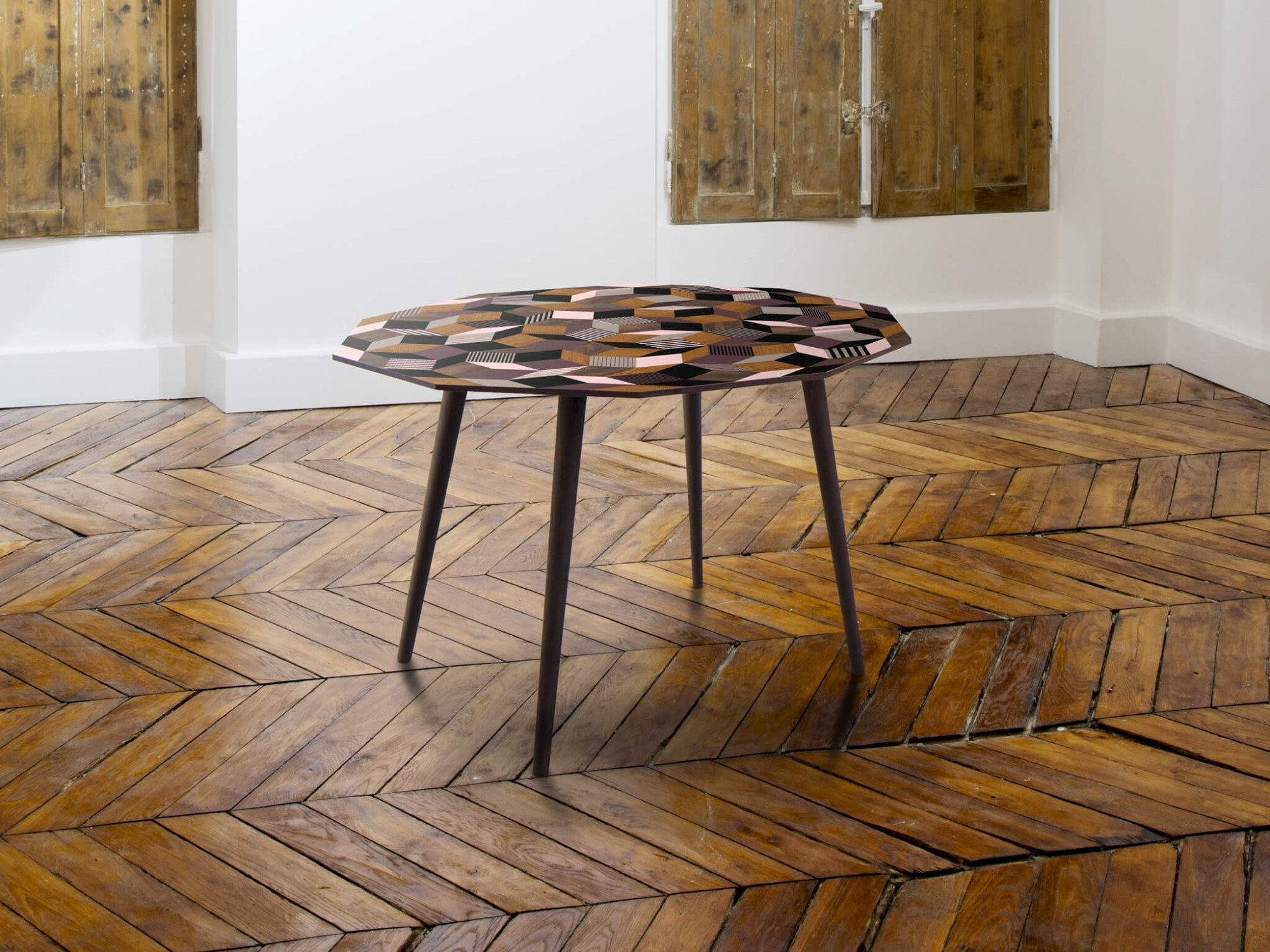 Table à manger ronde Penrose Fancy Wood pour Made in design, bois et couleur. Design IchetKar édition Bazartherapy