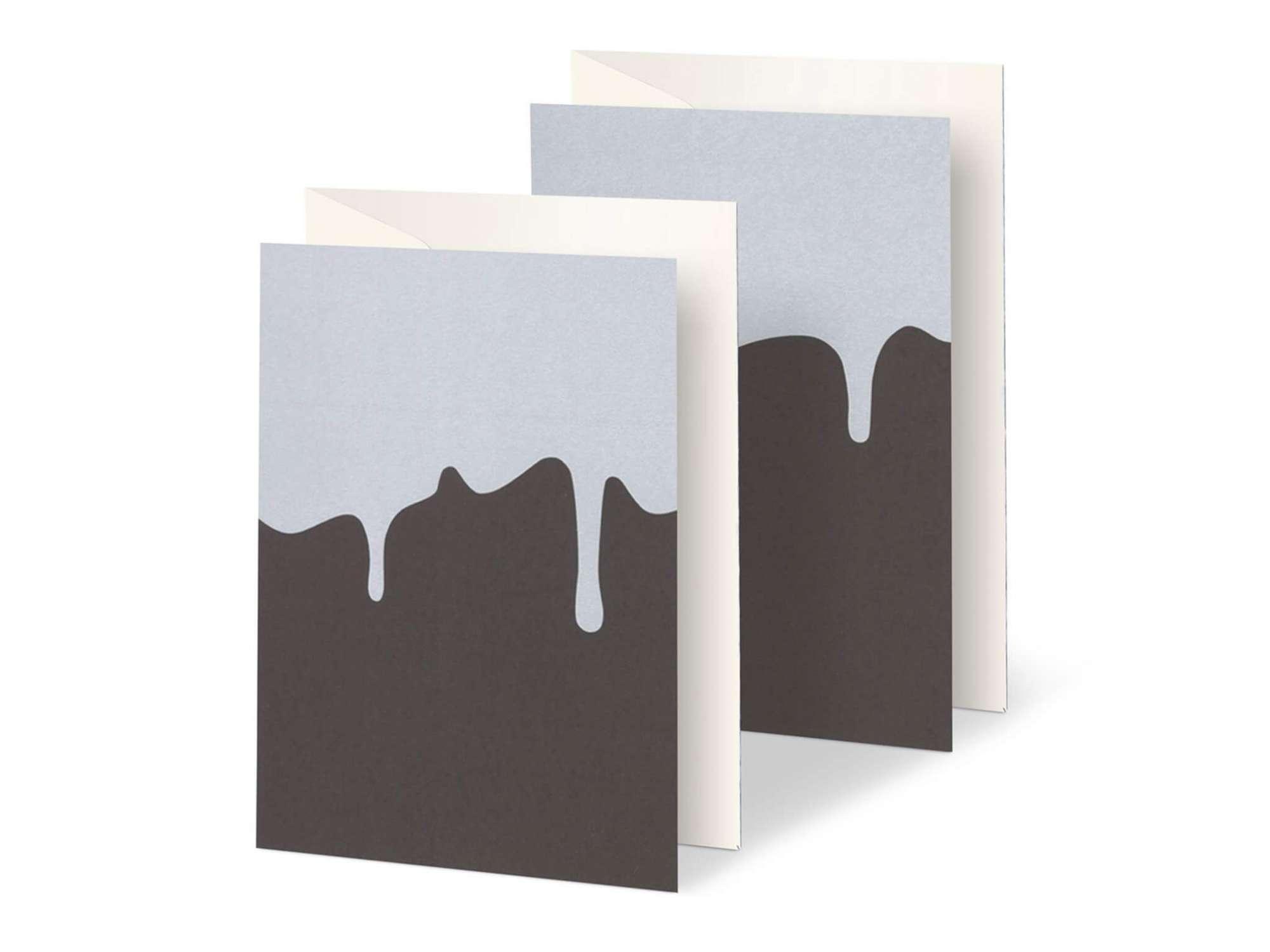 duo de cartes sérigraphiés, motif coulure de chocolat blanc sur papier brun par Ichetkar.