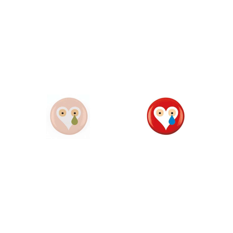 Deux badges Love dessiné par Ichetkar.